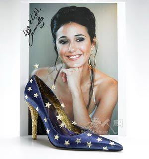 好莱坞女星设计的高跟鞋