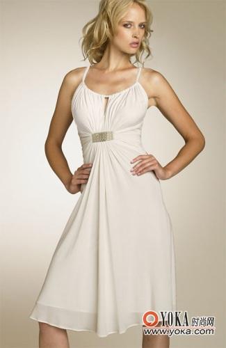 实用短款新娘礼服裙 lauren的时尚图片 YOKA时尚空间图片