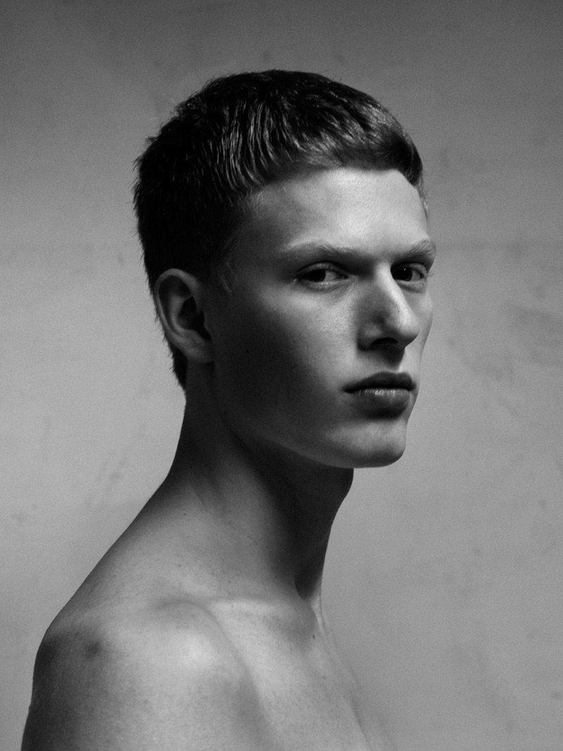 男模特发型简笔画分享展示