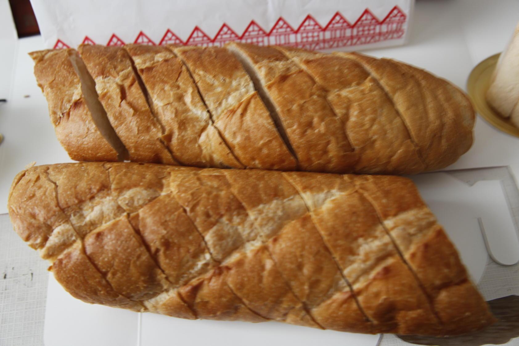 蒜茸法式长棍面包烘培方法图片