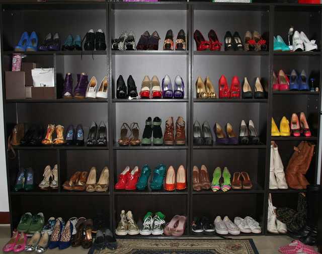 鞋柜高跟鞋
