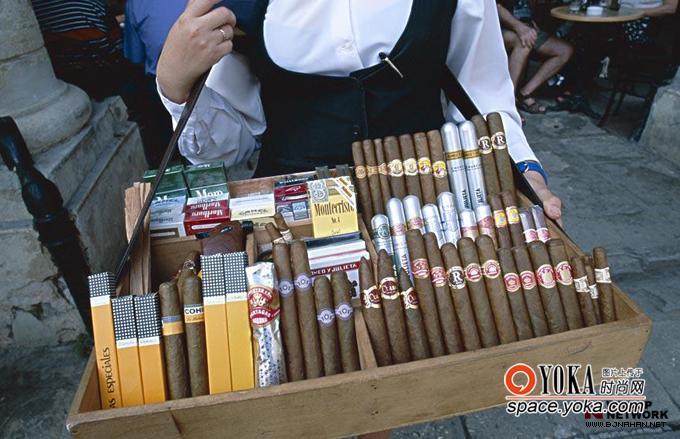 手制的乌普曼雪茄也在多米尼加的联合雪茄
