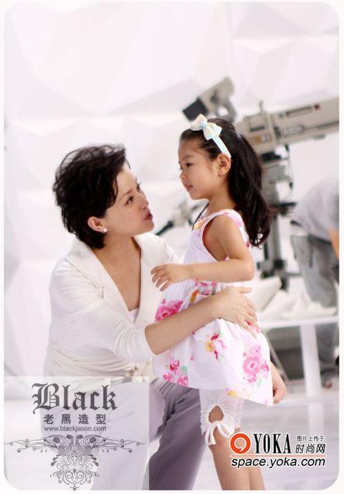 杨澜的女儿首次曝光 - BJQIQI的博客 - 拜金城