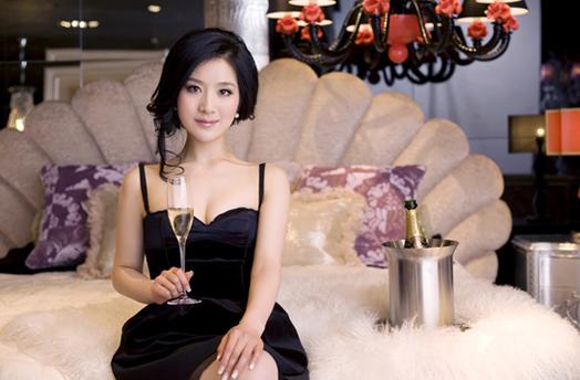 曝光 迷人性感的香槟女神王碧儿
