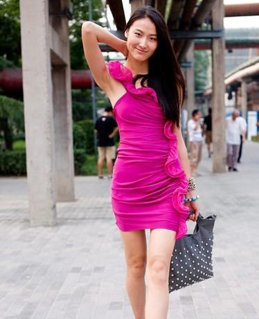 夏装搭配图片-北京七月最新夏装搭配