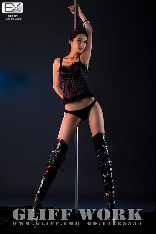 钢管美人 - www.yg22.com