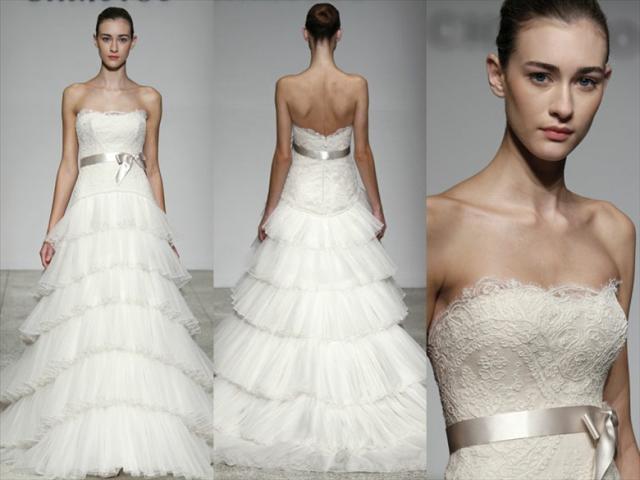 的婚纱总是如雏菊般带着淡淡的优雅和秀气,不张扬不华丽,却有着小女孩