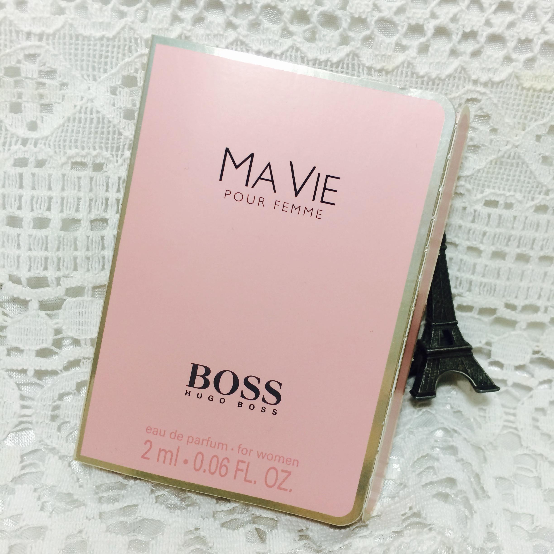 使用外观:香水是用粉红色的盒子包装的,看起来就会非常喜欢!
